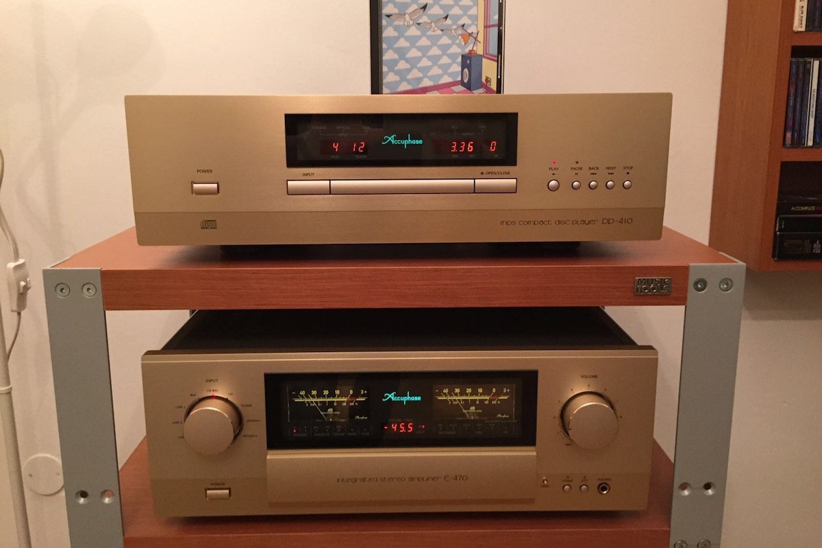 accuphase.jpg